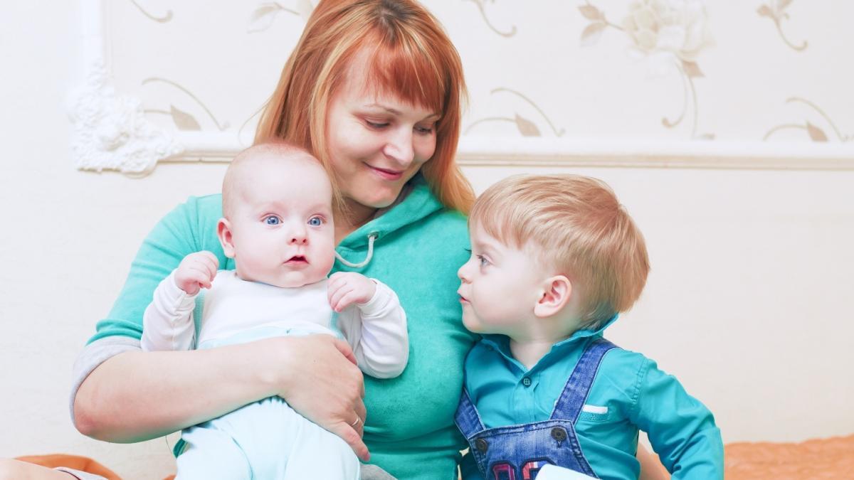 """Będą premie za """"szybkie urodzenie kolejnego dziecka"""". Jak bardzo trzeba będzie się spieszyć?"""