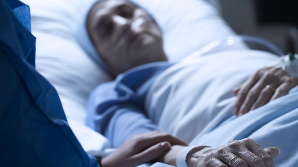 Coraz więcej Polaków zakażonych bakterią New Delhi! Zapytałyśmy lekarza, jak się przed nią ustrzec i jak rozpoznać zakażenie
