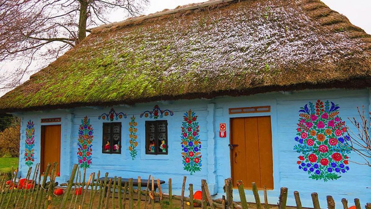 Cudze chwalicie, swojego nie znacie. Zobacz zdjęcia malowniczych domków z Zalipia. Polską wsią zachwycają się na całym świecie!