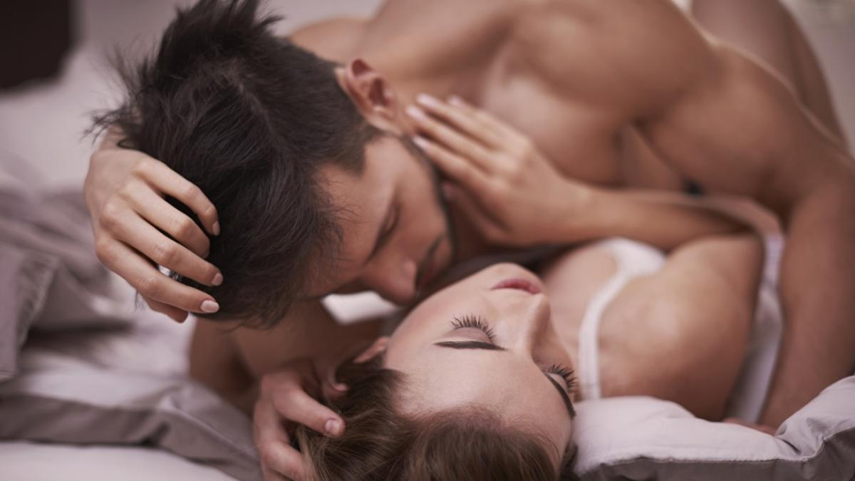 Czas przełamać tabu i odpowiedzieć na pytanie: czy w czasie okresu można uprawiać seks?