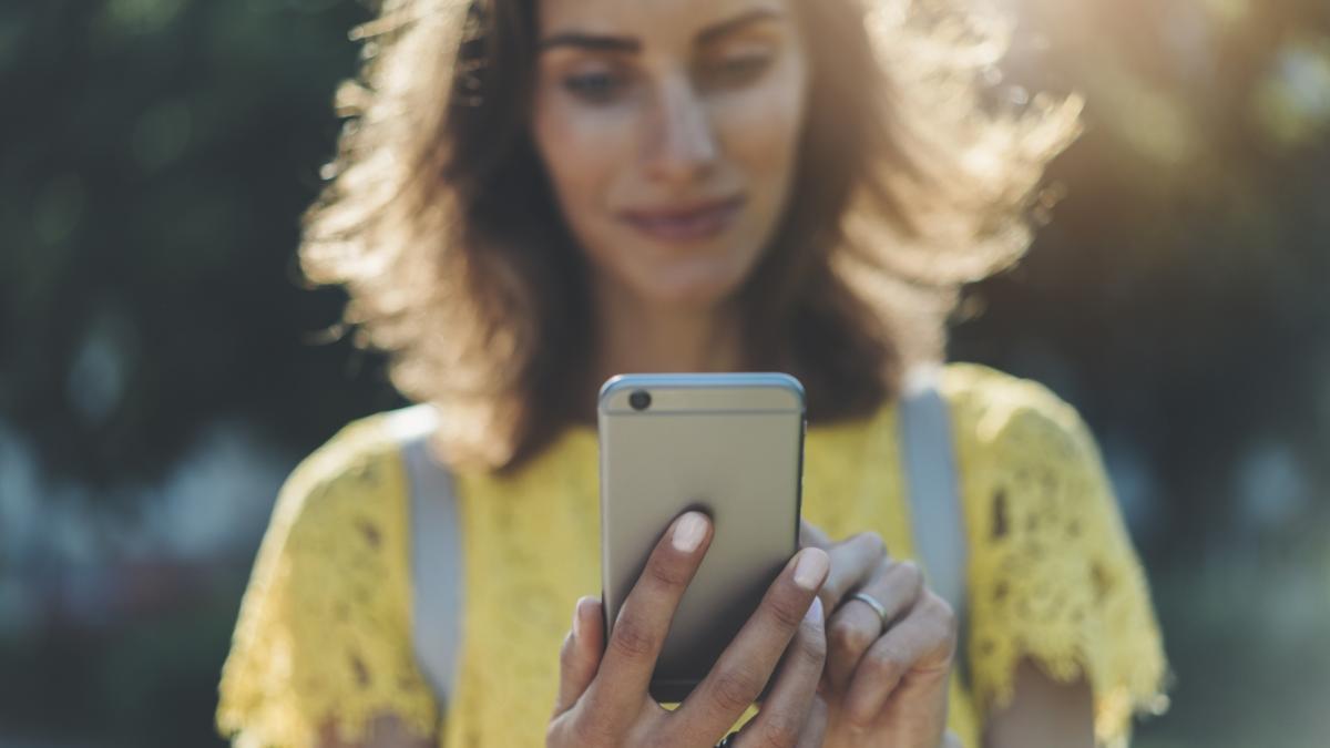Czy twój Messenger też podkreśla pojedyncze słowa? Sprawdź dlaczego!