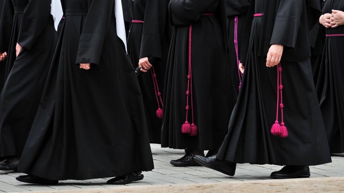 Dlaczego księża i politycy mają decydować o tym, czy urodzisz ciężko chore dziecko?