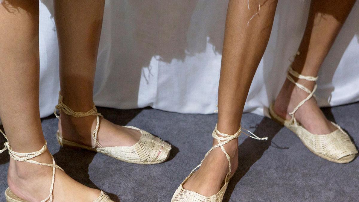 Espadryle to lekkie i stylowe buty na lato - najmodniejsze modele!