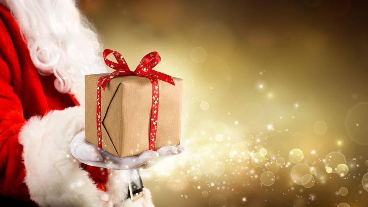 Jutro Mikołajki! A co, jeśli dziecko zapyta kto przynosi prezenty? Naprawdę jest sens kłamać?