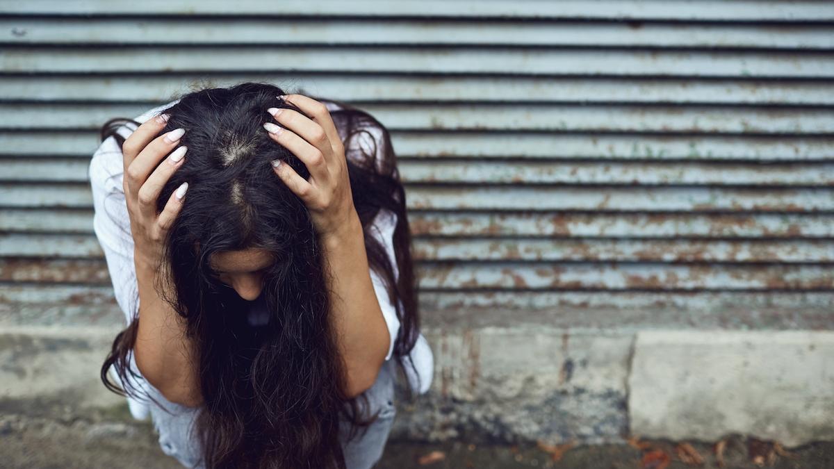 Koszmar trwał latami. Gwałcona przez ojczyma, zaszła w ciążę i urodziła córkę. Teraz grozi jej 20 lat więzienia