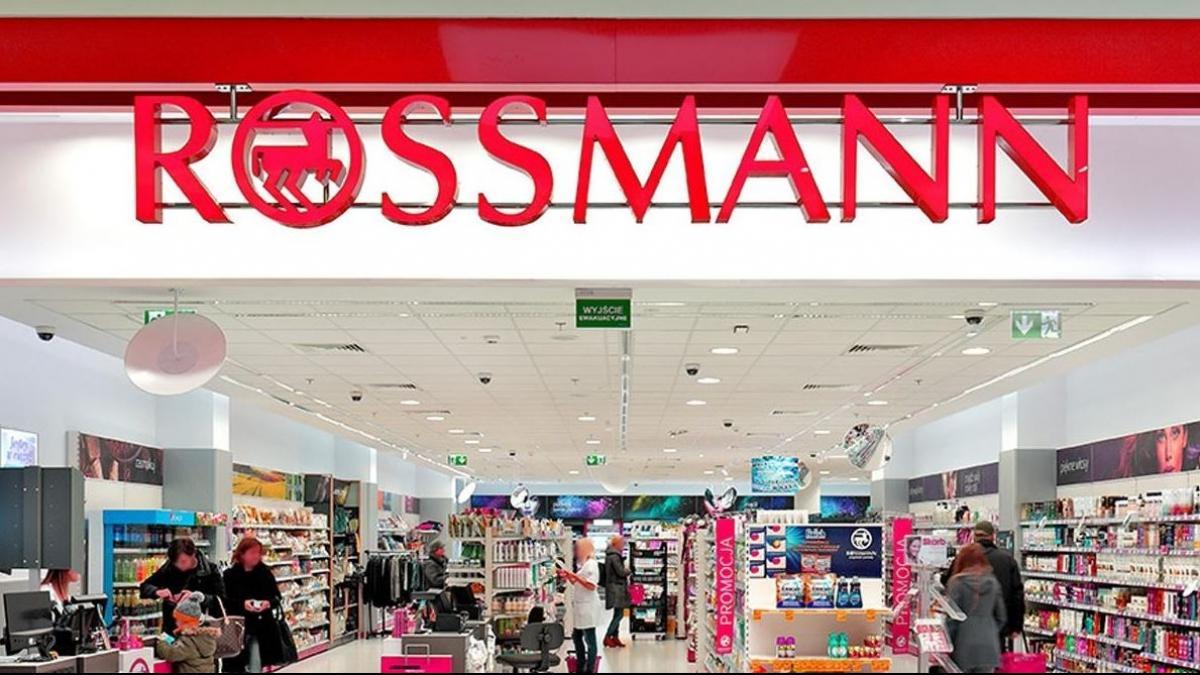 Kupiłaś TO w Rossmannie? Grozi ci salmonella! Sklep prosi o zwrot tego konkretnego produktu