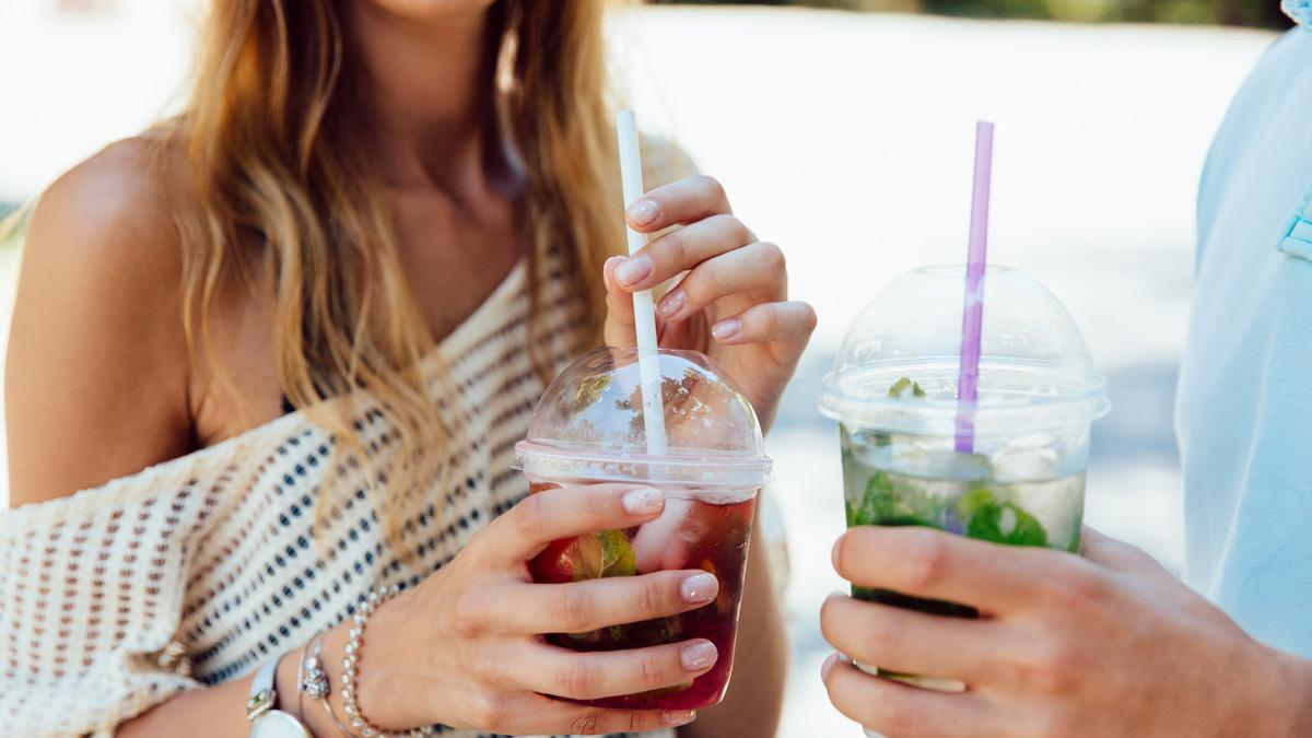 Masz wrażliwe zęby? Zwracaj uwagę na to, co jesz i pijesz!