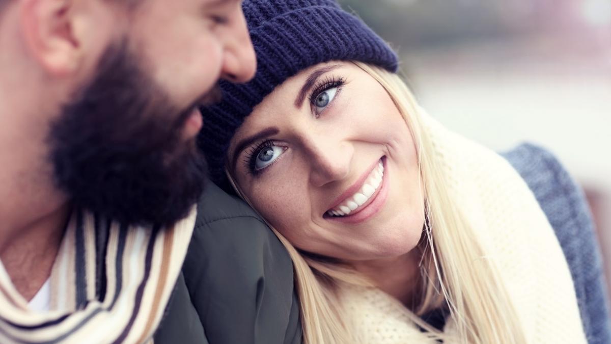 Naukowcy odkryli, jak długo trzeba spotykać się przed ślubem, aby zminimalizować ryzyko rozwodu