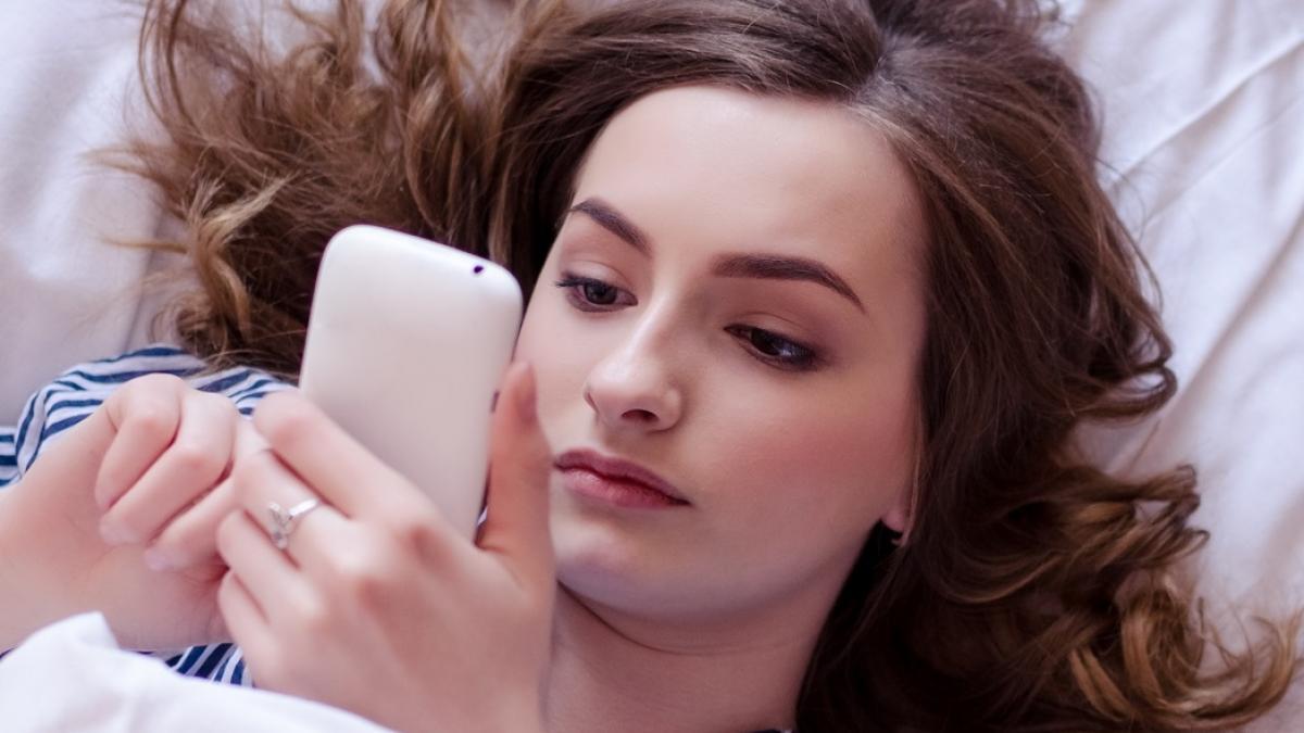 Po pobraniu tych dwóch fałszywych aplikacji oszuści mogą zyskać dostęp do twojego konta bankowego!