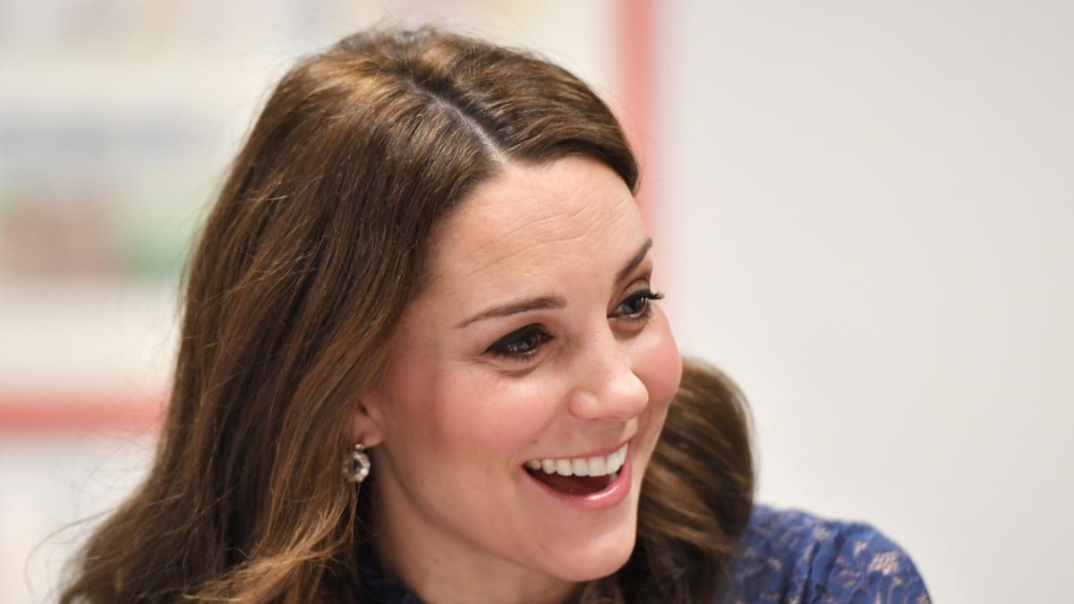 Promienna cera księżnej Kate to efekt zabiegów? Nie! To tylko dobry podkład