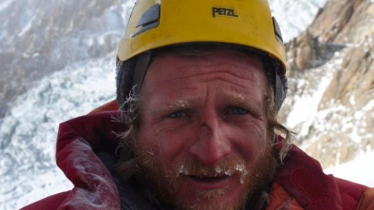 Przyjaciele Tomka Mackiewicza proszą o pomoc dla trójki dzieci, które osierocił