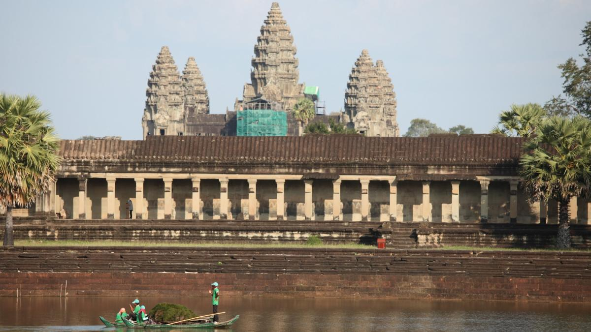 To jedno z najświętszych miejsc w Azji. Co takiego kryje w sobie Angkor Vat? Posłuchajcie Beaty Pawlikowskiej