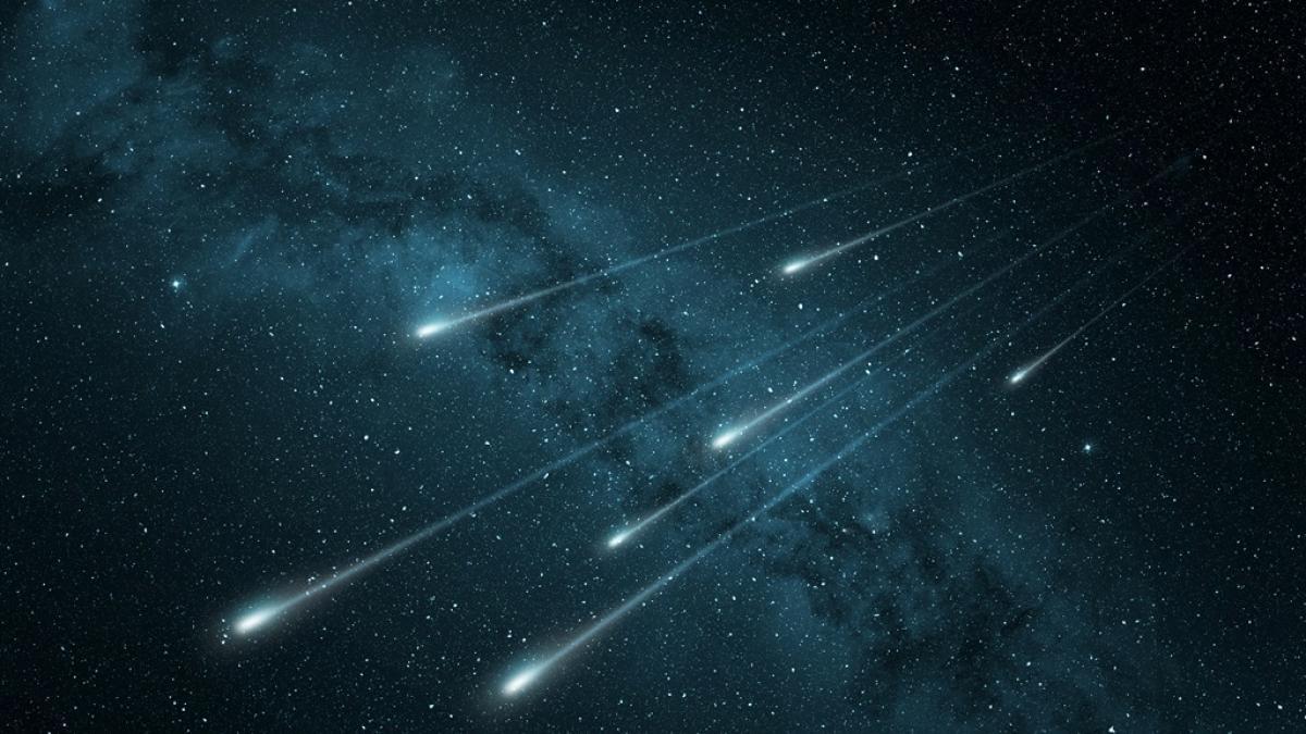 To nie zdarza się za często! Spektakularne przedstawienie na niebie - deszcz meteorów już niebawem. Kiedy?