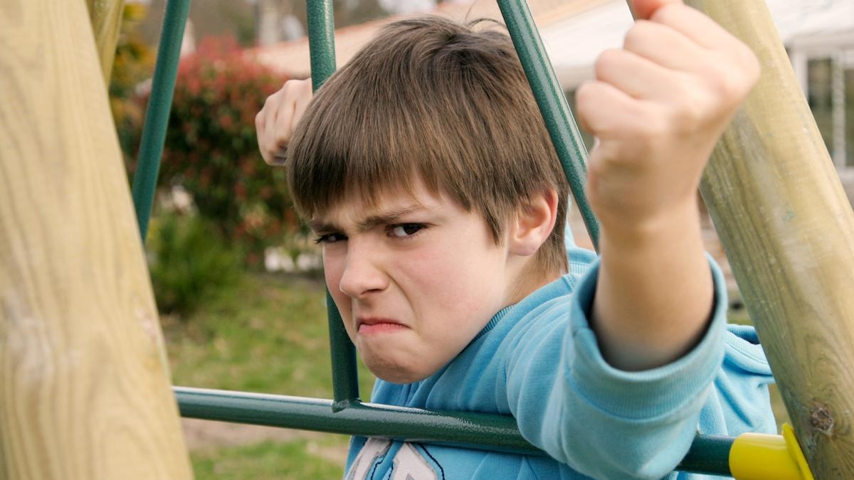"""""""Ty Żydzie!"""", """"Nie daj się ożydzić"""" – ile razy to słyszałaś? A ile razy słyszało to twoje dziecko? Dorośli się kłócą, dzieci słuchają. A złu wystarczy iskierka"""