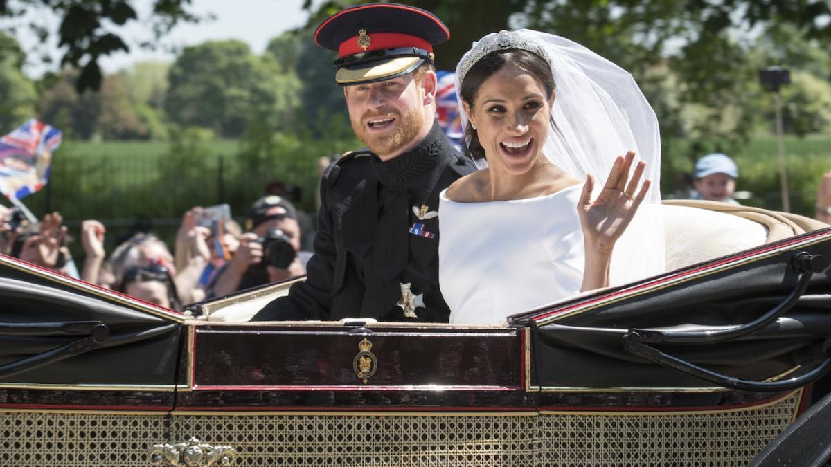 Wszystko o ślubie Meghan Markle i księcia Harry'ego! Najnowsze doniesienia, najświeższe zdjęcia, najciekawsze filmy, opinie, kontrowersje