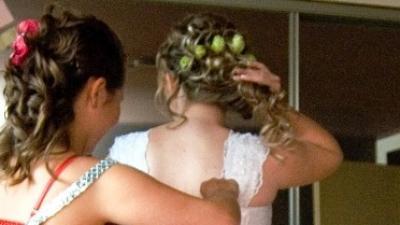 44-46 długi tren i koronka suknia ślubna