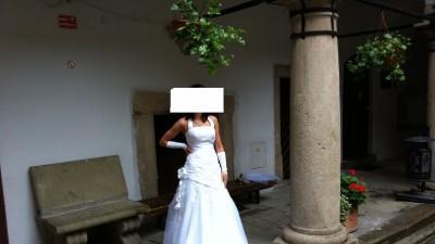Agnes piękna suknia ślubna