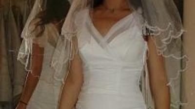 Biala, falbaniki, romantyczna suknia slubna!!!