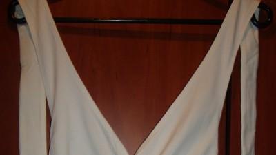 biała imprezowa bluzka
