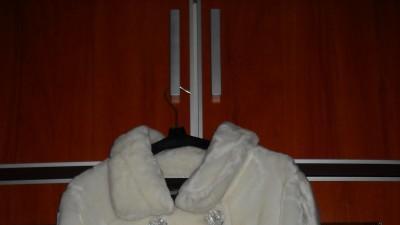 białe futerko ślubne roz m