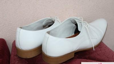 Białe ślubne buty roz 45