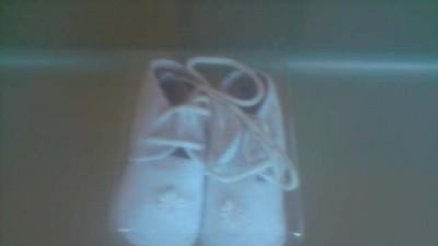 Buciki białe 0-3 mies