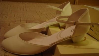Buty ślubne 42 ecrue