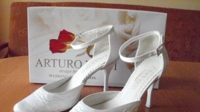 Buty Ślubne Białe rozmiar 35, obcas 8 cm