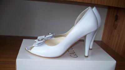 Buty ślubne GATUZO rozmiar 38 białe raz założone jak nowe