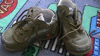 Buty zielone chłopiece