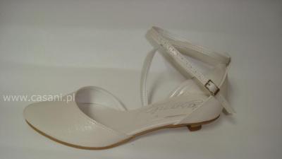 CASANI obuwie do ślubu na miarę płaskie niskie obcasy komunijne