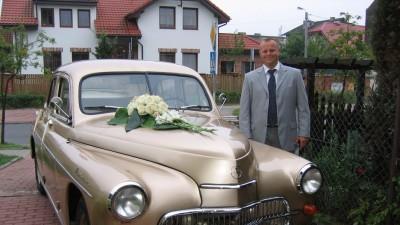 Chcesz elegancki ślub? Nie zapomnij o eleganckim samochodzie.