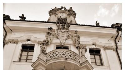 Cymbeline MARIEES DE PARIS model HONORINE (