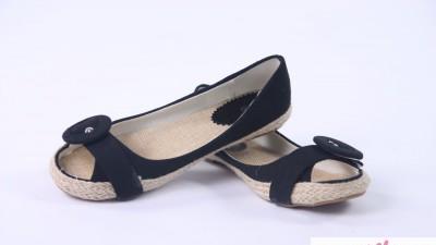 Czarne balerinki peep toe