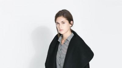 Czarny płaszcz ZARA