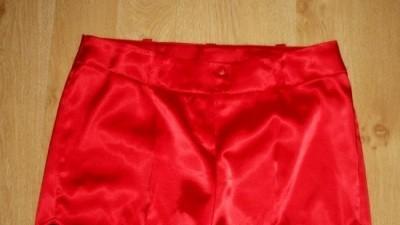 Czerwone sexowne krótkie spodenki !! 40