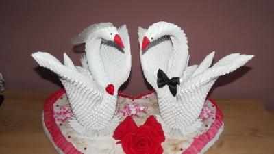 Dekoracja ślubna łabędzie