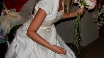 Efektowna suknia ślubna, kolekcja 2008