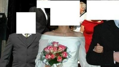 Elegancka a zarazem oryginalna suknia Madonna ecru r.36/38