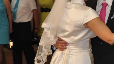 Elegancka, prosta suknia ślubna Gala, Jędrzejów, Kielce, Włoszczowa
