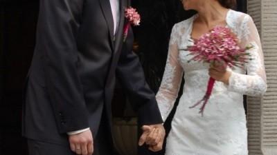 Elegancka suknia ślubna z slaonu Madonna