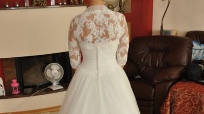 Elegancka suknia Très Chic z kolekcji Pure