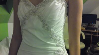 Elegancka suknia z Londynu