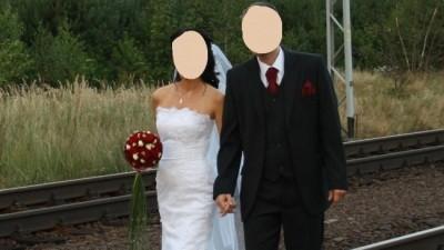 Elengancka suknia ślubna firmy Classa (typ: RYBKA) + dodatki