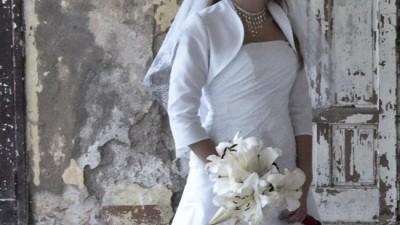 Emmi Mariage model Estella