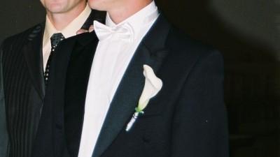 Frak, elegancki strój męski na ślub i nie tylko