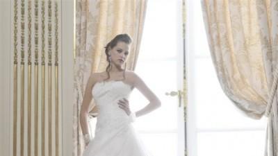Francuska suknia firmy Miss Kelly, model Krypton