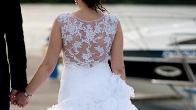 Francuska suknia w stylu hiszpańskim