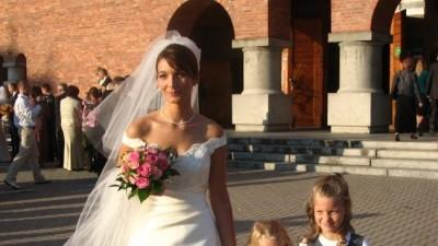Hiszpańska suknia Pronovias, model Nadia
