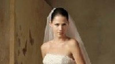 Hiszpańska suknia ślubna LORNA + dodatki (welon i dopinane ramiączka)